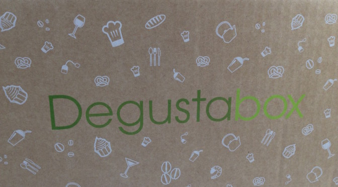Con Degustabox nuovi assaggi ogni mese in abbonamento. Conviene? Noi l'abbiamo provata, e…