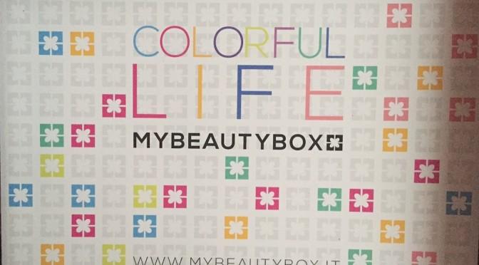 Coloriamo l'inverno con la Colorful Life, il cofanetto di novembre 2014 di MyBeautyBox